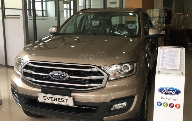 Bán Ford Everest nhập khẩu nguyên chiếc Thái Lan, quà tặng khủng, giá niêm yết 999tr0