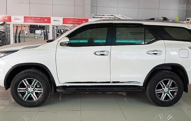 Cần bán xe Toyota Fortuner 2.4G 4x2 MT 2019, màu trắng1