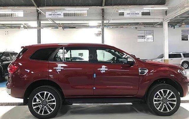 Bán xe Ford Everest Titanium 2.0L 4x2 AT sản xuất năm 2019, màu đỏ, nhập khẩu4