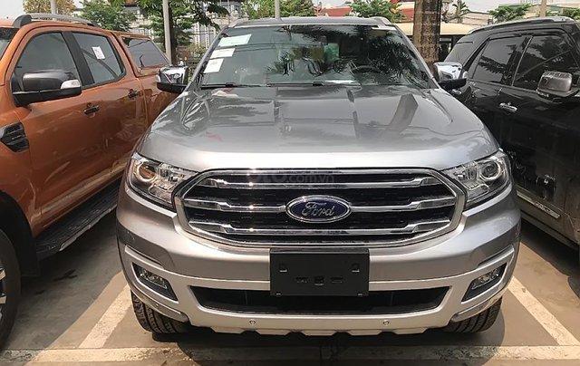Cần bán Ford Everest Titanium 2.0L 4x2 AT 2019, màu bạc, xe nhập0