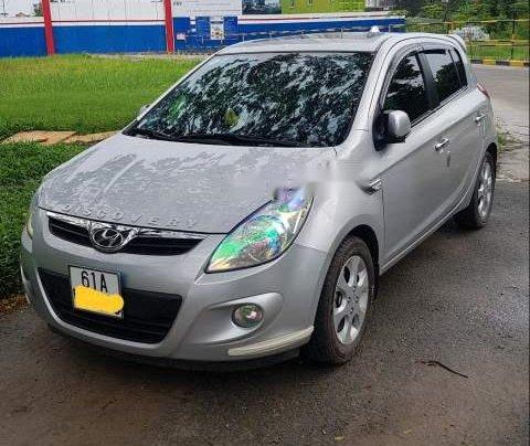 Bán Hyundai i20 2010, màu bạc, nhập khẩu, 340tr0