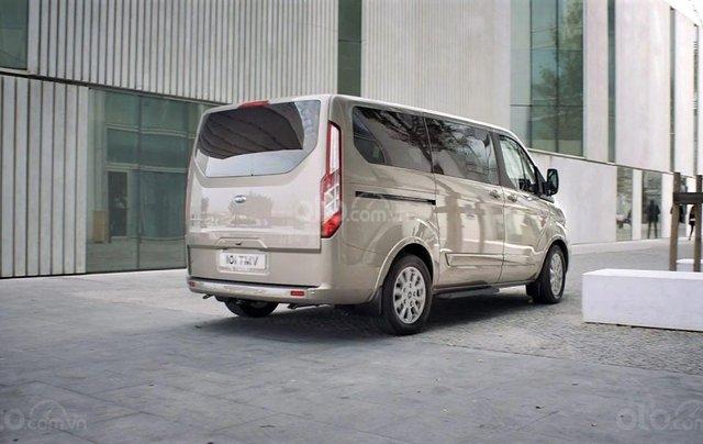 Ford Tourneo 2019 sắp ra mắt Việt Nam7