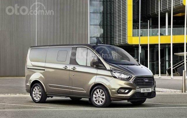 Ford Tourneo 2019 sắp ra mắt Việt Nam15