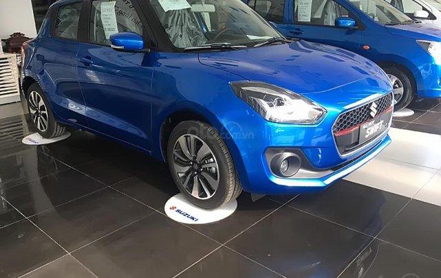 Bán xe Suzuki Swift GLX 1.2 AT sản xuất 2019, màu xanh lam, xe nhập0