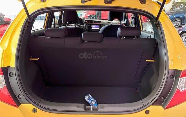 Cần bán xe Honda Brio RS sản xuất 2019, màu vàng, xe nhập3