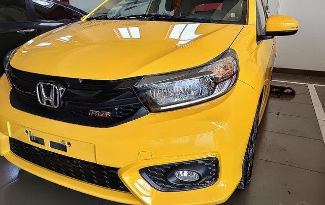 Cần bán xe Honda Brio RS sản xuất 2019, màu vàng, xe nhập0