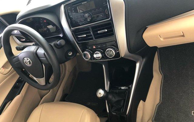 Bán Toyota Vios 1.5E số sàn năm sản xuất 2019, màu trắng giao ngay3