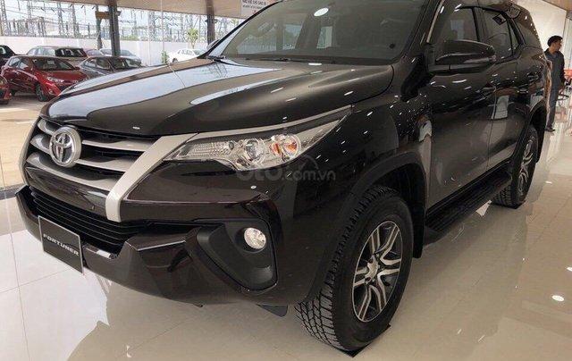 Bán Toyota Fortuner 2.4G MT 2019, khuyến mãi cực tốt0