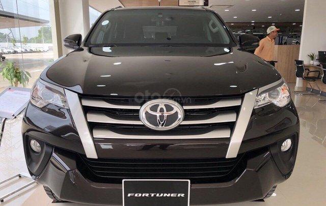 Bán Toyota Fortuner 2.4G MT 2019, khuyến mãi cực tốt1