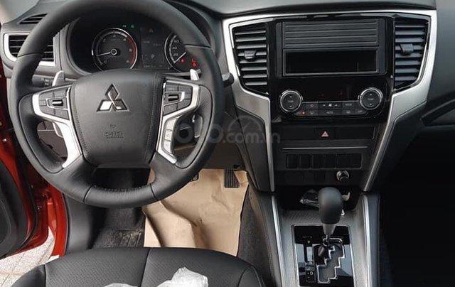 Cần bán xe Mitsubishi Pajero Sport GLS AT sản xuất năm 2019, màu trắng3