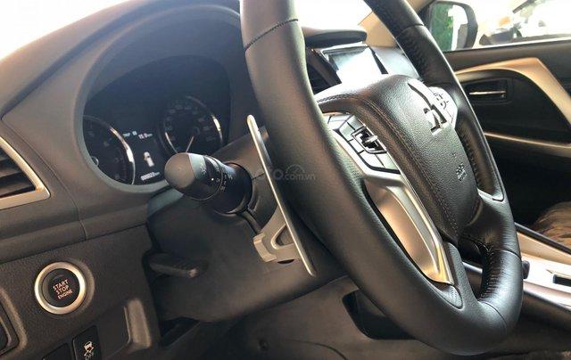 Cần bán xe Mitsubishi Pajero Sport GLS AT sản xuất năm 2019, màu trắng4