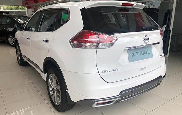 Cần bán Nissan X trail V Series 2.5 SV Luxury 4WD năm sản xuất 2019, màu trắng, giá 963tr1