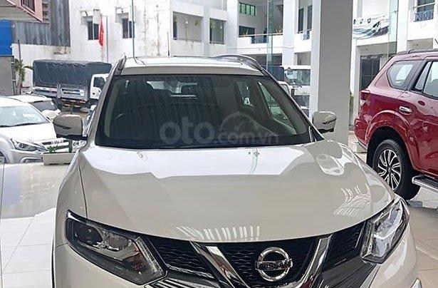 Cần bán Nissan X trail V Series 2.5 SV Luxury 4WD năm sản xuất 2019, màu trắng, giá 963tr0