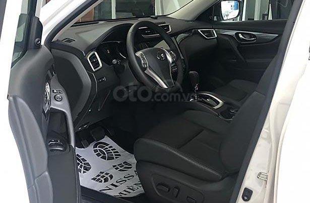 Cần bán Nissan X trail V Series 2.5 SV Luxury 4WD năm sản xuất 2019, màu trắng, giá 963tr4
