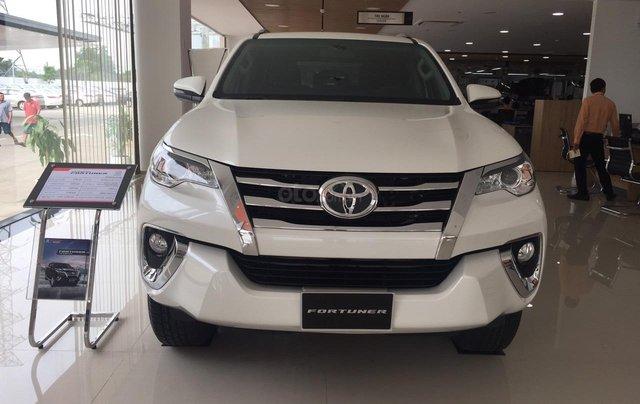 Toyota Fortuner máy dầu, số tự động, khuyến mãi cực tốt0