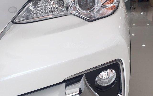 Toyota Fortuner máy dầu, số tự động, khuyến mãi cực tốt6