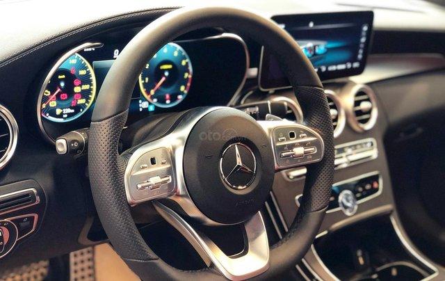 Bán Mercedes C300 AMG 2020, giao ngay giá ưu đãi lớn nhất, mua xe chỉ với 399tr4