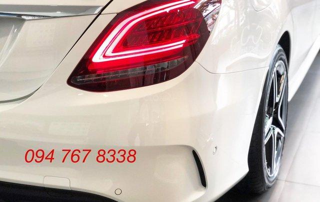 Bán Mercedes C300 AMG 2020, giao ngay giá ưu đãi lớn nhất, mua xe chỉ với 399tr6