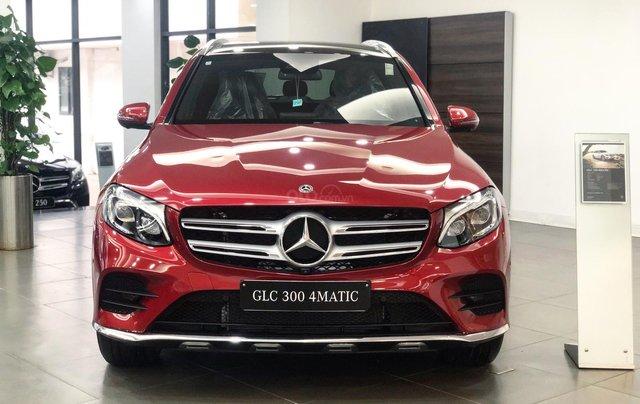 Giá xe Mercedes GLC300 2019 tốt nhất - Đủ màu giao ngay1