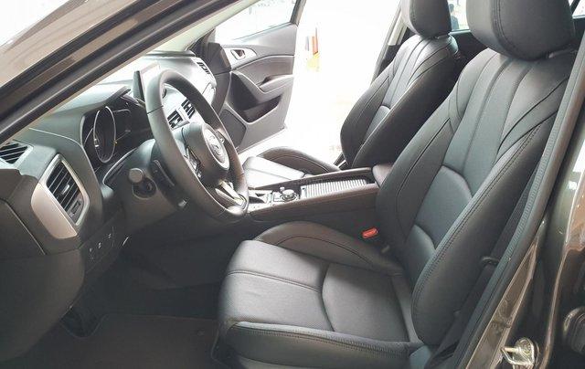 Bán Mazda 3 2019, miễn phí thay nhớt bảo dưỡng 3 năm9