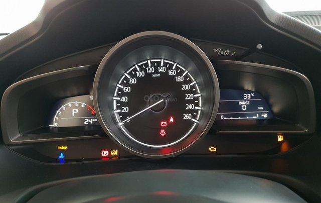 Bán Mazda 3 2019, miễn phí thay nhớt bảo dưỡng 3 năm14