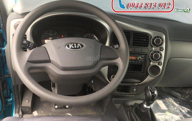 Thaco Bình Dương bán xe Kia K250 đời 2019, tải trọng 2T4, giá chỉ 379 triệu. Hỗ trợ trả góp, L/H: 0944.813.9123