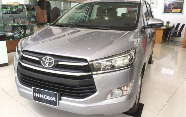 Cần bán xe Toyota Innova 2.0E năm 2019, 731tr0