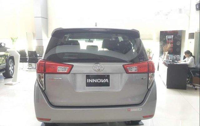 Cần bán xe Toyota Innova 2.0E năm 2019, 731tr2
