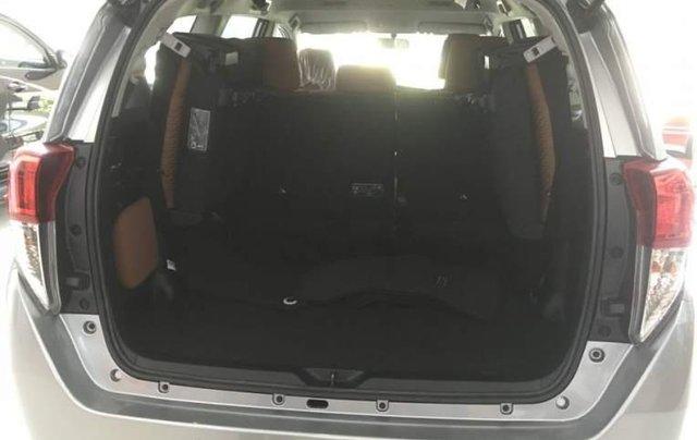 Cần bán xe Toyota Innova 2.0E năm 2019, 731tr3