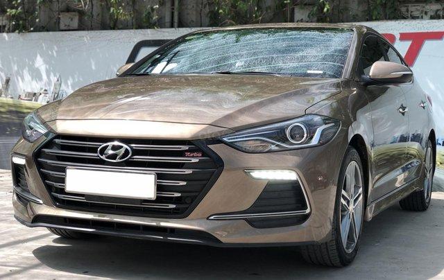 Cần bán Hyundai Elantra Tubor Sport 1.6 AT năm 2018, màu nâu11