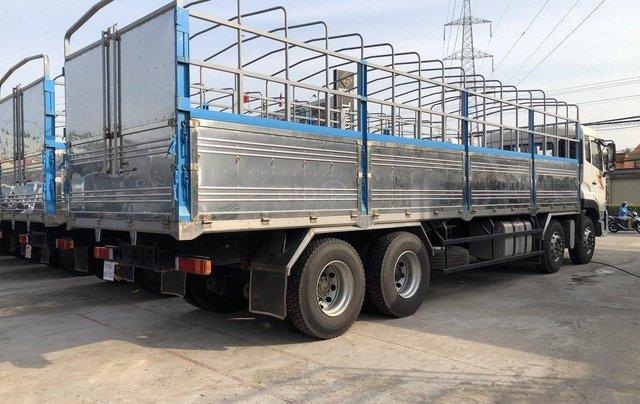 Xe tải Dongfeng 4 chân tải trọng 17 tấn 9, nhập khẩu, đời 20171