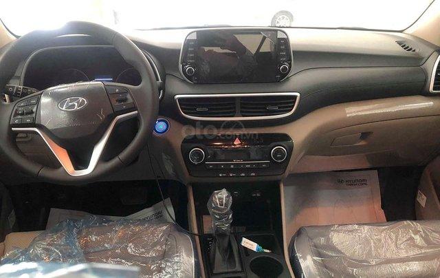 Bán Hyundai Tucson 2.0 tiêu chuẩn trắng 2019 - đủ màu, tặng 10-15 triệu - nhiều ưu đãi, LH: 09648989323