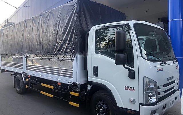 Bán ô tô Isuzu NQR 550 sản xuất 2019, màu trắng, nhập khẩu0