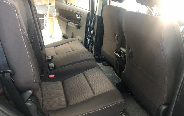 Bán Toyota Fortuner 2.4G số sàn, máy dầu 2019, màu đồng, hỗ trợ vay 85% thanh toán 240tr nhận ngay xe2