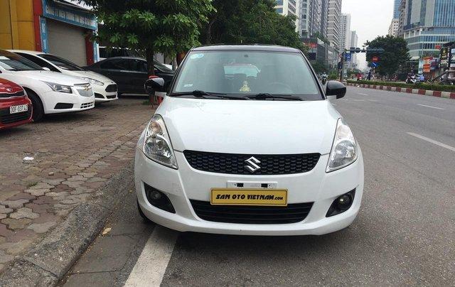 Cần bán xe Suzuki Swift 1.4AT sản xuất 2013, màu trắng, nhập khẩu0