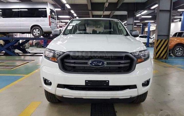 Cần bán Ford Ranger 2.2 XLS AT đời 2019, nhập khẩu nguyên chiếc, giá 646tr, tặng phụ kiện, LH 09742860090