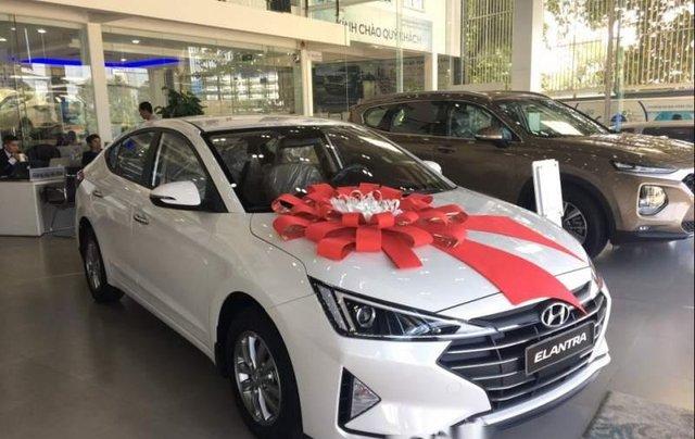 Cần bán Hyundai Elantra 1.6MT năm sản xuất 2019 giá cạnh tranh2