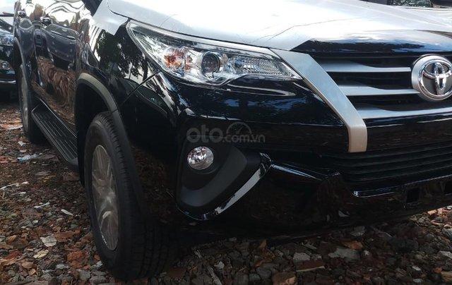 Bán Toyota Fortuner 2.4G MT 2019, hỗ trợ 54tr lệ phí trước bạ + Phiếu nhiên liệu 10tr, nhận xe từ 300tr2