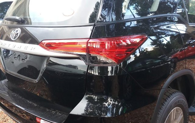 Bán Toyota Fortuner 2.4G MT 2019, hỗ trợ 54tr lệ phí trước bạ + Phiếu nhiên liệu 10tr, nhận xe từ 300tr0