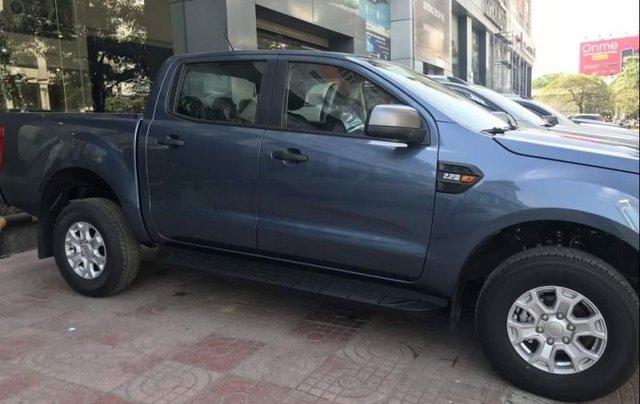 Cần bán xe Ford Ranger sản xuất 2019, nhập khẩu nguyên chiếc3