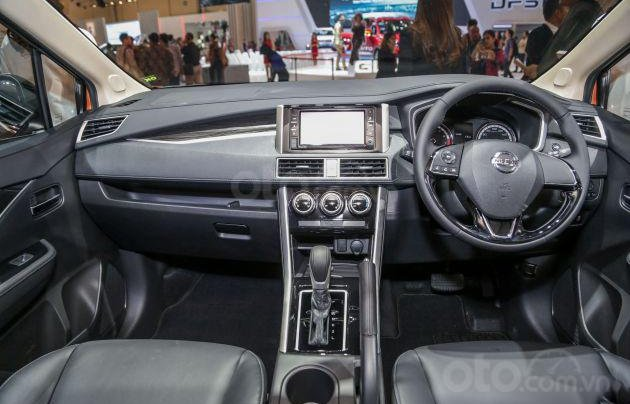 Nissan Grand Livina 2020 sẽ trình làng Việt Nam10