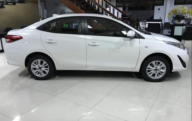 Bán Toyota Vios đời 2019, màu trắng, 490 triệu5