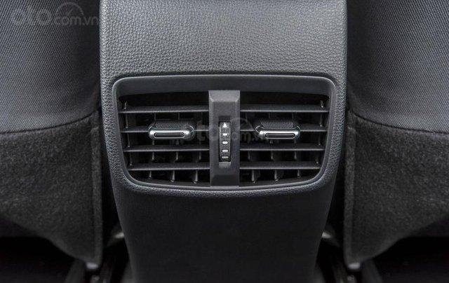 Toyota Corolla Altis 2020 sắp bán ở Việt Nam có gì đặc biệt?14