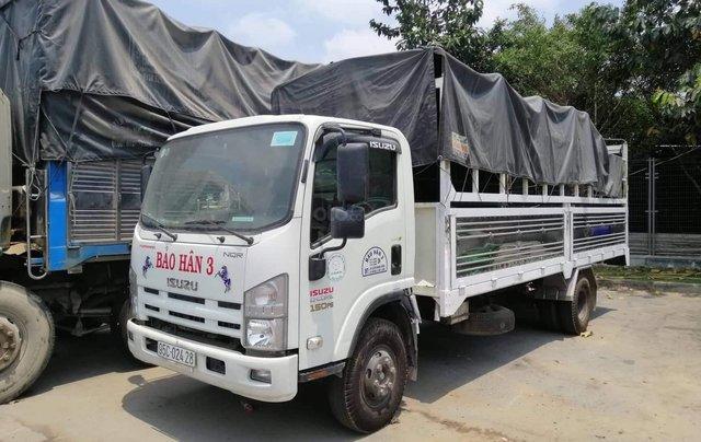 Bán Isuzu 5 tấn thùng mui bạt sản xuất 2017, giá tốt. LH 0931256317 gặp Liên2