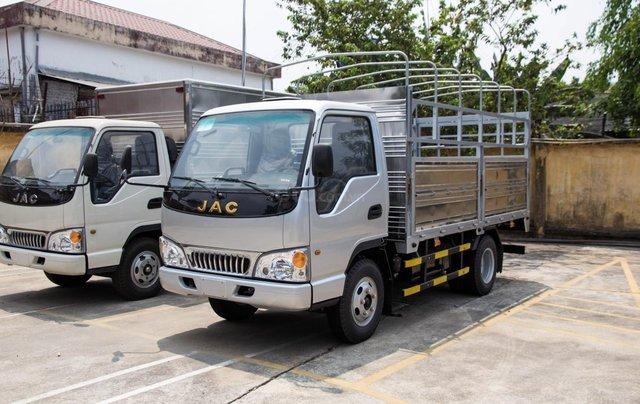 Bán xe tải JAC 2 tấn 4, máy Isuzu trả góp giá rẻ3