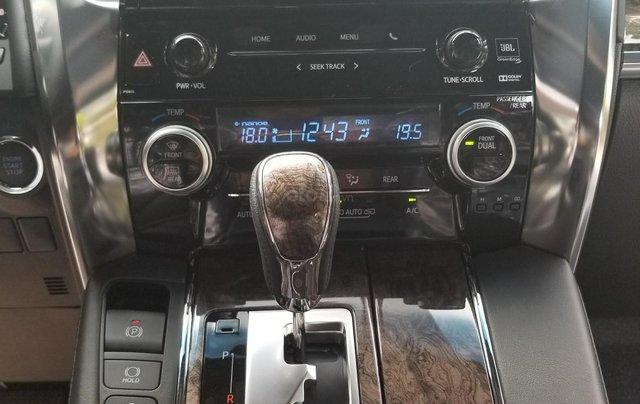 Cần bán Toyota Alphard sản xuất 2019, màu đen, nhập khẩu4