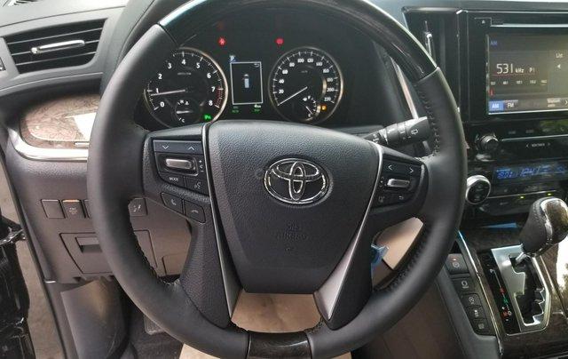 Cần bán Toyota Alphard sản xuất 2019, màu đen, nhập khẩu7
