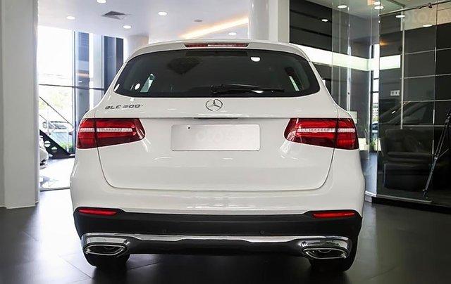 Bán Mercedes GLC 200 2019, màu trắng2