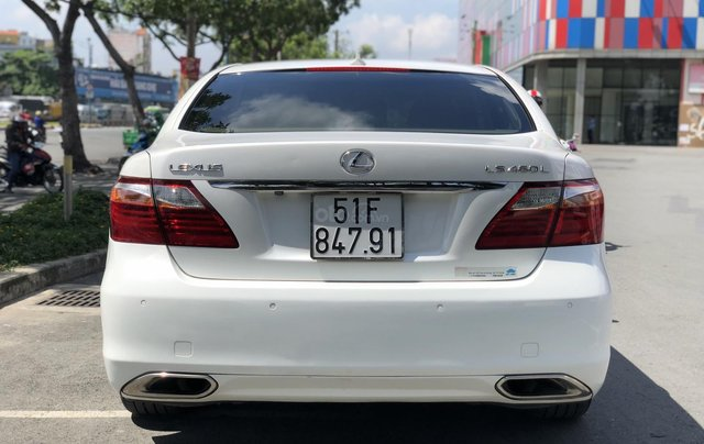 Bán xe lexus LS460L sản xuất 2010 màu trắng, 5 ghế có matxa, rada, nâng hạ gầm1