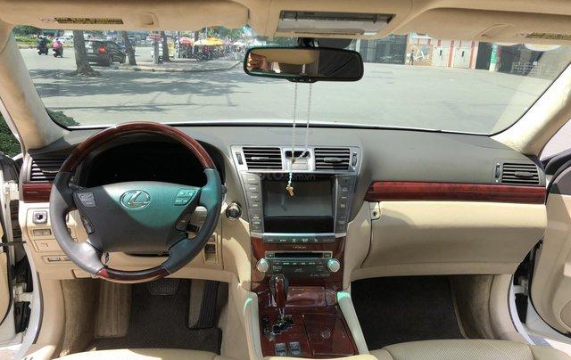 Bán xe lexus LS460L sản xuất 2010 màu trắng, 5 ghế có matxa, rada, nâng hạ gầm4